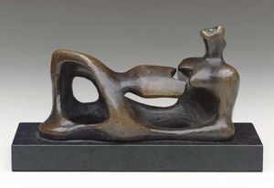 Henry Moore - figure inclinables 4