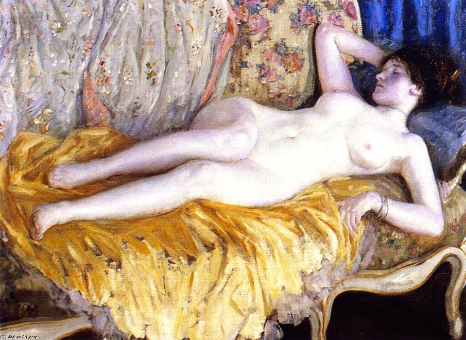 dame sur une or `couch`, huile sur toile de Frederick Carl Frieseke (1874-1939, United States)