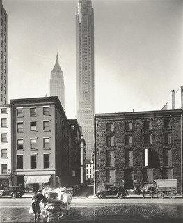south et depeyster Rues , Manhattan, 1935 de Berenice Abbott (1898-1991, United States) | Copie Tableau | WahooArt.com